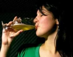 Чим саме шкідливо пиво для жінок? фото