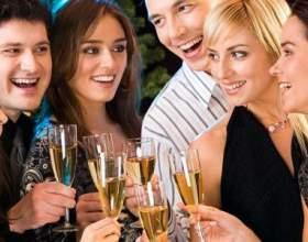 Щоб не сп`яніти під час застілля - що краще випити? фото