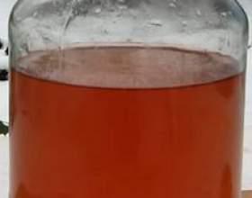 Самогон на червоній і чорноплідної горобини фото
