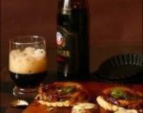 Десять кращих домашніх закусок до пива фото