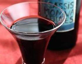 Домашнє порічкове вино фото