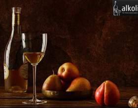 Домашнє вино з груш фото