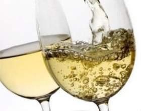 Домашнє вино з агрусу фото