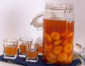 Готуємо абрикосовий наливку фото