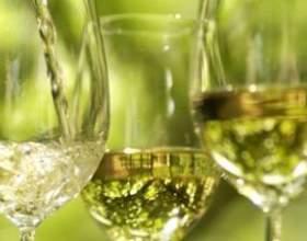 Ігристе біле солодке вино - шампанське чи ні? фото