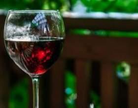 Як приготувати вино на основі з варення фото