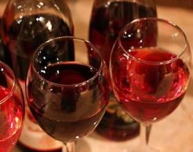 Як зробити домашнє малинове вино фото