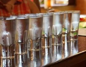 Як зробити хорошу домашню горілку зі спирту фото