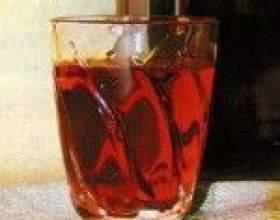 Кедрівка - настоянка самогону (горілки, спирту) на кедрових горішках фото