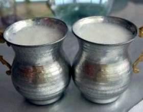 Кисломолочний напій айран фото
