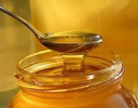 Класична медова настоянка на горілці фото