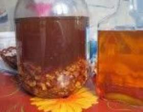 Класичні рецепти горілки на горіхах (волоських і кедрових) фото