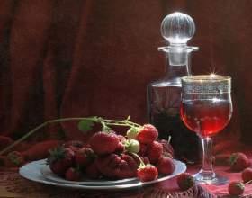 Лікер суничний домашній: 4 рецепта чарівного напою фото