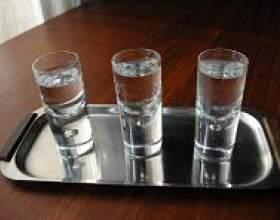 Чи можна пити етиловий спирт? фото