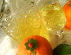 Настоянка на апельсинових кірках фото