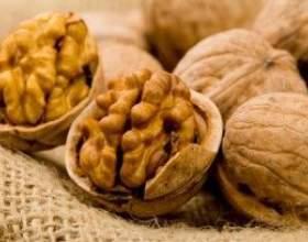 Корисні властивості волоського горіха і настойки з нього фото