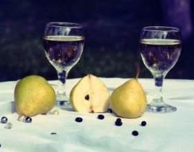Прості рецепти домашнього грушевого вина фото