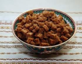 Прості рецепти домашніх сухариків в духовці фото