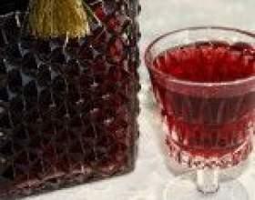 Рецепти настоянок малини на горілці і коньяку фото
