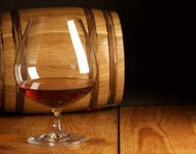 Самогон з домашнього вина. Перегонка в домашніх умовах фото