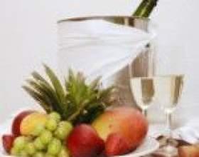 Поєднання шампанського з напоями та стравами фото