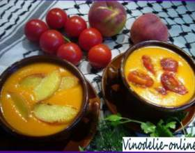 Суп з персиків і білого вина фото