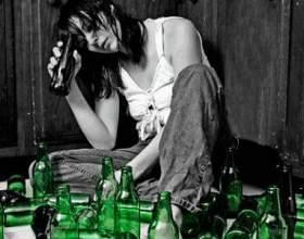 У чому полягає шкідливість алкоголю для жінок? фото