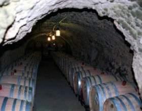 Важлива характеристика - витримка вина фото