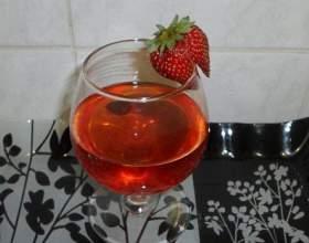 Вино з полуниці фото