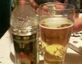Горілка або пиво - плюси і мінуси напоїв фото