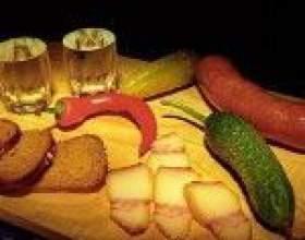 Закуска до горілки - частина російської культури фото