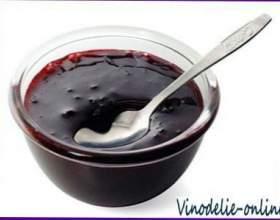 Желе з чорної смородини та червоного вина фото