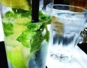 Коктейль мохіто алкогольний фото