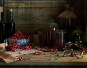 Вино з брусниці фото